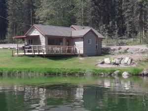 http://moosehavenresort.com/dev/wp-content/uploads/2015/03/cabin-1-from-lake-300x225.jpg