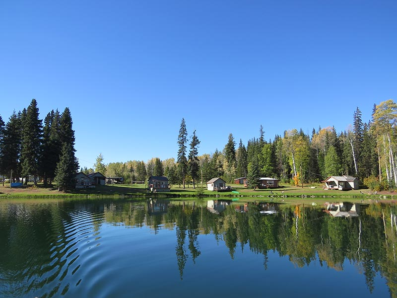 <Moosehaven Resort from lake